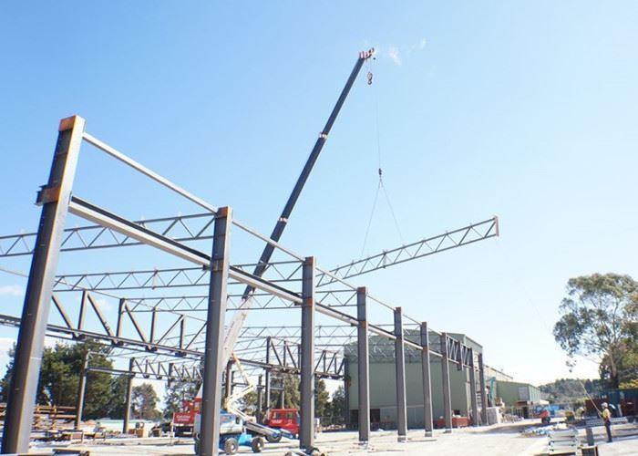 ps19156998-unique_column_removing_truss_steel_structure_grey_steel_building_workshop