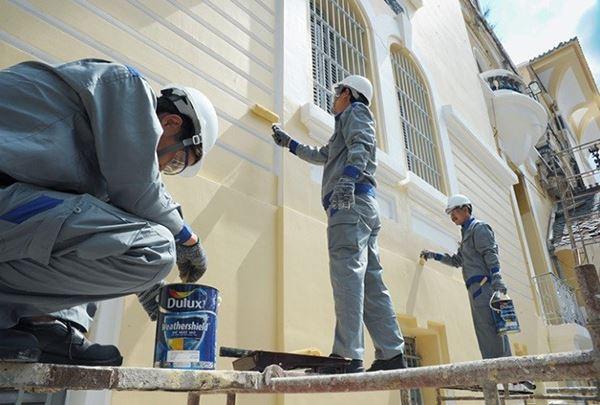 Sửa chữa, thi công chống thấm, sơn bả, hoàn thiện bảo trì bảo dưỡng các công trình.
